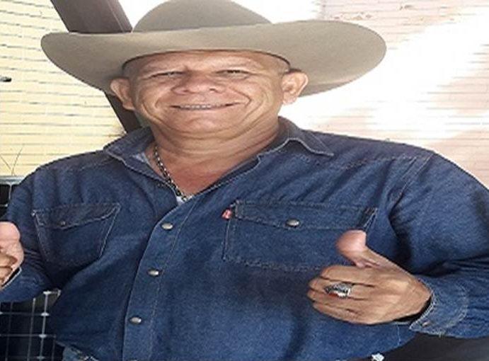 """PEDRO """"EL LLANERO"""" PORTEÑO QUE ESTA DANDO DE QUE HABLAR EN TODA VENEZUELA CON SU TEMA EL """"GABAN DE LAS MUJERES"""""""