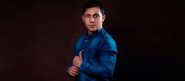 HENRY PINEDA EL DISEÑADOR VENEZOLANO QUE DESLUMBRA CON SU MÁGICO ARTE
